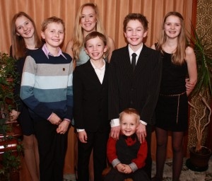 Fra v: Thea, Simen, Karoline, Ola, Sigvart, Karen og foran Birk Andreas